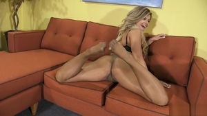 Blonde Adriana Sephora enjoys hard ramming