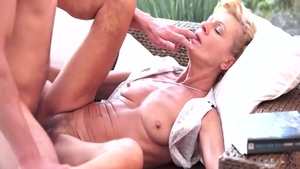 Leigh Darby pussy eating