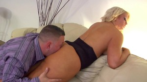Fetish loud sex alongside busty MILF Alura Jenson