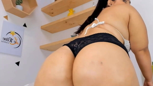Colombian squirt on web-cam