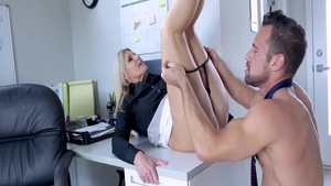 Creampied in office with mature India Summer