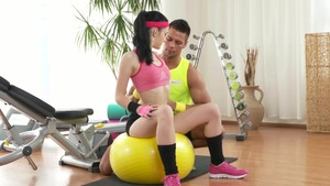 Young couple blowjob cum fitness in the gym HD