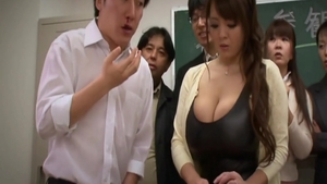 Getting a facial busty japanese Hitomi Tanaka in fishnet