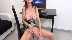 Cynthia Vellons long legs babe in panties pissing solo
