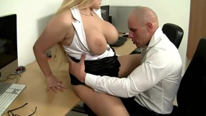 Pussy fucking in company with big boobs