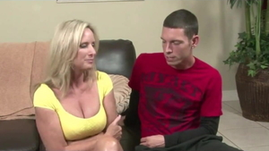 Young cougar raw dirty talk cheating in HD