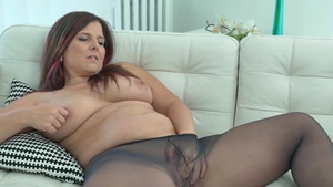 European Montse Swinger and Jeanne Marie bends over
