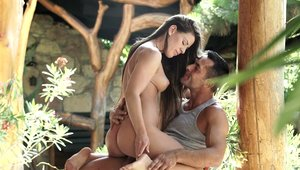 Sexy brunette Athina Love wants the best sex