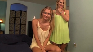 Fingering starring perfect MILF Natasha Starr