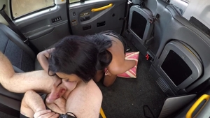 Cumshot outdoors along with brunette
