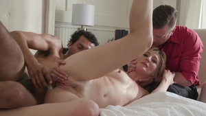 Fetish pussy sex among pornstar Mona Wales in HD