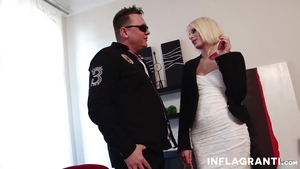Large tits blonde babe Paris Pink goes for nailing in HD