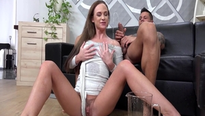 Cristal Caitlin & Vinna Reed romantic pussy eating