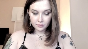 Busty goth ass fucked on web-cam