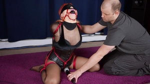 Asian babe finds irresistible tied up HD