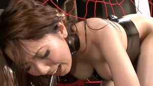 Asian Yui Hatano got slammed hard