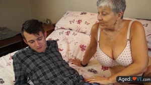 Aged stepmom rough sex with toys