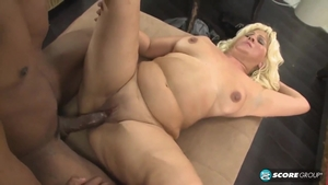 Sucking cock with chubby amateur