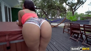 Pussy sex escorted by huge boobs latina stepmom