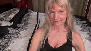 Plump granny finds dick to fuck