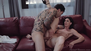Arab India Summer is a very sexy mature