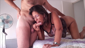 French mature feels in need of cock sucking in high heels HD