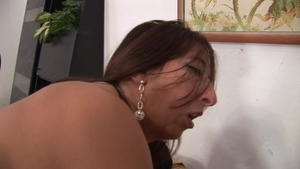 Female Veronica Rossi cumshot
